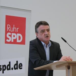 NRW-Verkehrsminister Michael Groschek bei der RuhrSPD