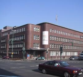 Gebäude des Regionalverbandes Ruhr (RVR - damals noch KVR) - Bild: Maschinenjunge, Quelle: Wikimedia Commons, Lizenz: CC-BY-SA