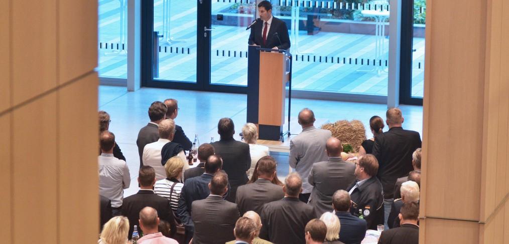 Oberbürgermeister Thomas Eiskirch hat am 5.09.2018 zum Bochumer Jahresempfang in die Räumlichkeiten des neuen Justizzentrums eingeladen. Foto: André Grabowski / Stadt Bochum, Referat für politische Gremien, Bürgerbeteiligung und Kommunikation