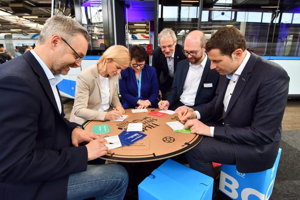 (Bürgerkonferenz 2019: Mobilität von Morgen) Das Mobilitätsspiel +++ Foto: Lutz Leitmann/Stadt Bochum