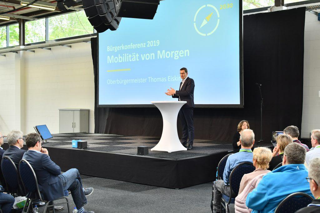 (Bürgerkonferenz 2019: Mobilität von Morgen) Eröffnung der Konferenz durch Oberbürgermeister Thomas Eiskirch +++ Foto: Lutz Leitmann/Stadt Bochum